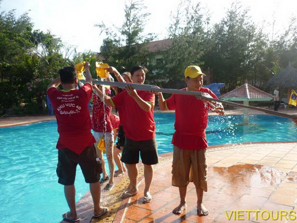 Teambuilding với Viettours
